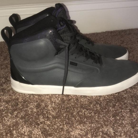 Vans Shoes | Lxvi Hightop Size 13